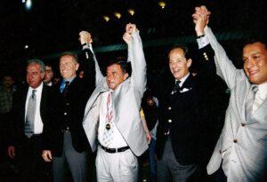 12-1999-05 Şampiyonluk Kutlamaları38-min